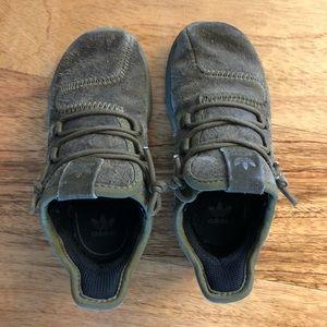 •shoes• toddler boy size 8.5 ADIDAS tubulars